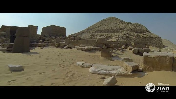 Древние сооружения Южной Саккары